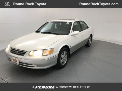 Pre-Owned 2001 Toyota Camry LE